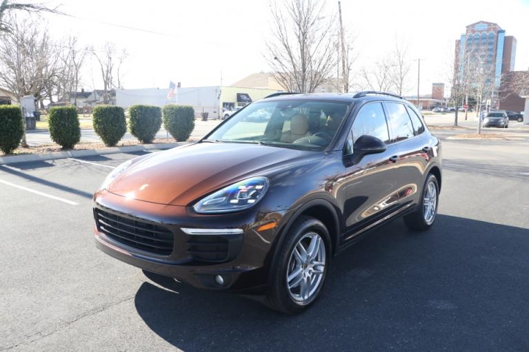 Used 2016 Porsche CAYENNE PREMIUM PLUS AWD W/NAV BASE for sale Sold at Auto Collection in Murfreesboro TN 37130 2