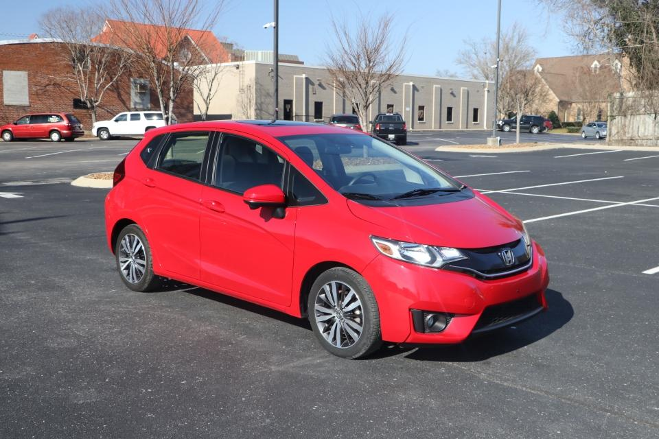 Used 2016 Honda FIT EX Hatchback w/sunroof EX CVT for sale Sold at Auto Collection in Murfreesboro TN 37130 1