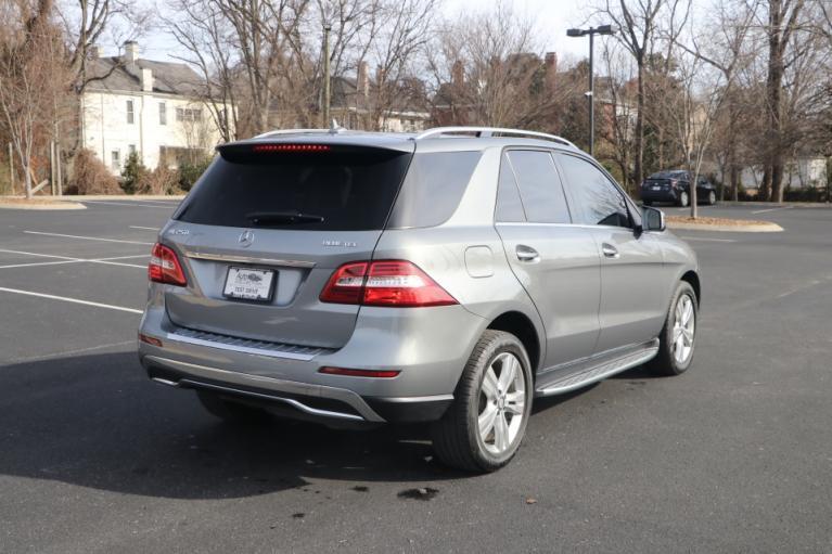 Used 2015 Mercedes-Benz ML250 BLUETEC 4MATIC PREMIUM W/NAV ML250 BlueTec for sale Sold at Auto Collection in Murfreesboro TN 37130 3