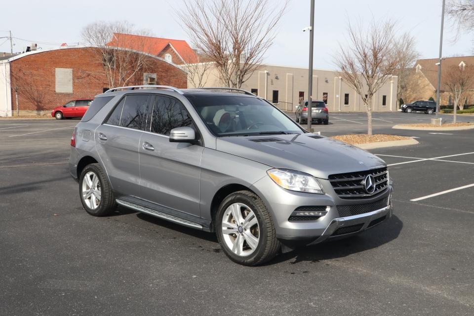 Used 2015 Mercedes-Benz ML250 BLUETEC 4MATIC PREMIUM W/NAV ML250 BlueTec for sale Sold at Auto Collection in Murfreesboro TN 37130 1