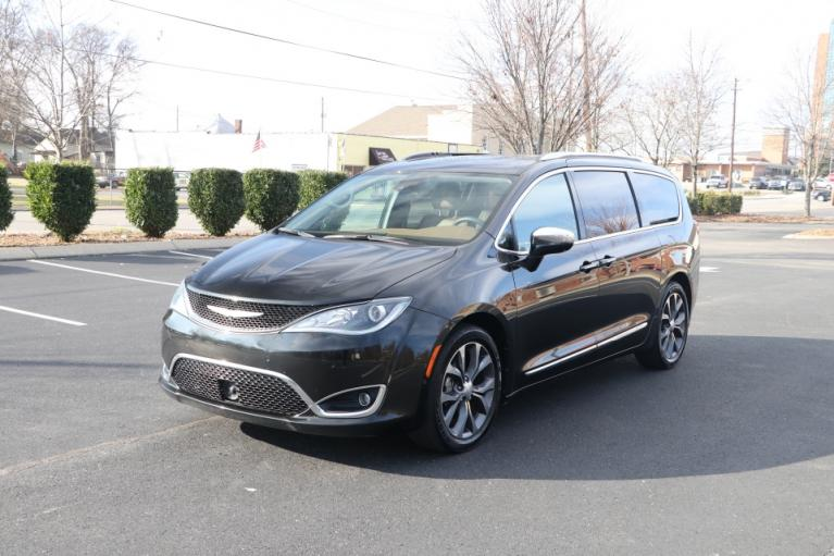 Used 2017 CHRYSLER PACIFICA LIMITED FWD W/NAV TV DVD LIMITED for sale Sold at Auto Collection in Murfreesboro TN 37130 2