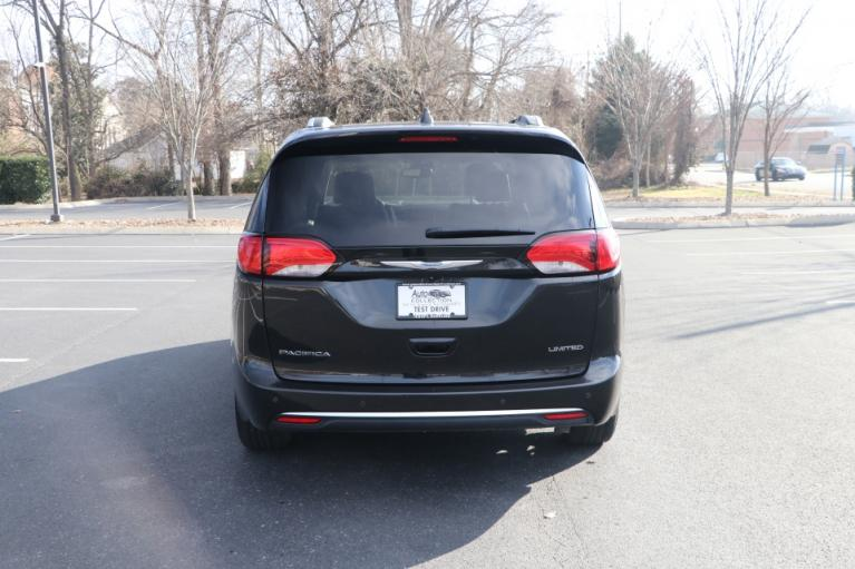 Used 2017 CHRYSLER PACIFICA LIMITED FWD W/NAV TV DVD LIMITED for sale Sold at Auto Collection in Murfreesboro TN 37130 6