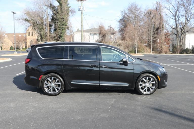 Used 2017 CHRYSLER PACIFICA LIMITED FWD W/NAV TV DVD LIMITED for sale Sold at Auto Collection in Murfreesboro TN 37130 8