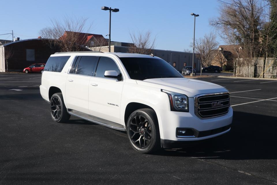 Used 2015 GMC YUKON XL SLT RWD W/NAV SLT 1/2 TON 2WD for sale Sold at Auto Collection in Murfreesboro TN 37130 1