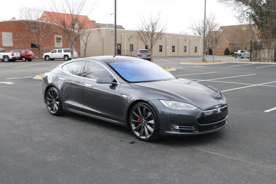 Used 2015 TESLA MODEL S P90D AWD LUDICROUS W/NAV for sale $53,950 at Auto Collection in Murfreesboro TN 37130 1