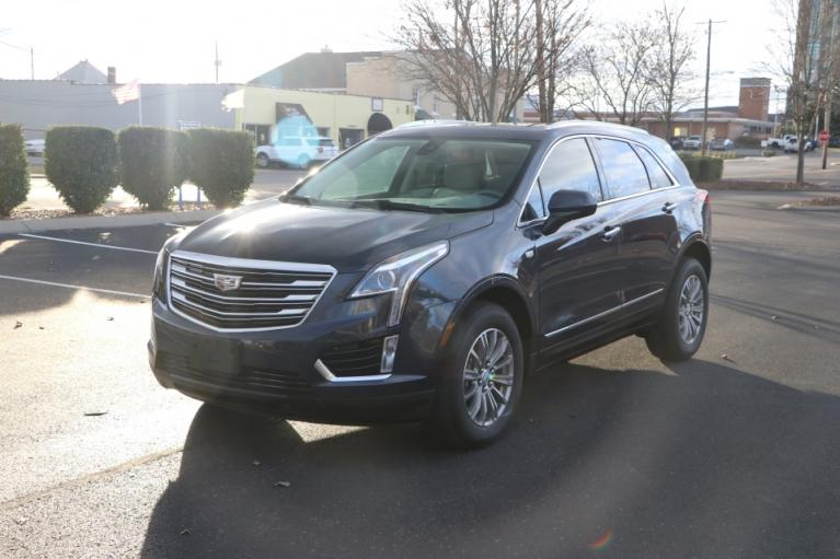 Used 2018 Cadillac XT5 LUXURY FWD W/NAV LUXURY for sale Sold at Auto Collection in Murfreesboro TN 37130 2