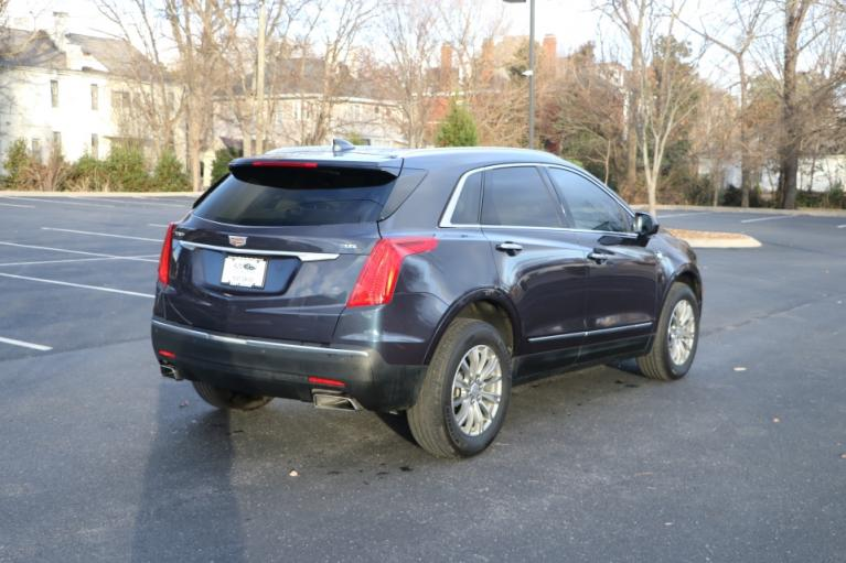 Used 2018 Cadillac XT5 LUXURY FWD W/NAV LUXURY for sale Sold at Auto Collection in Murfreesboro TN 37130 3