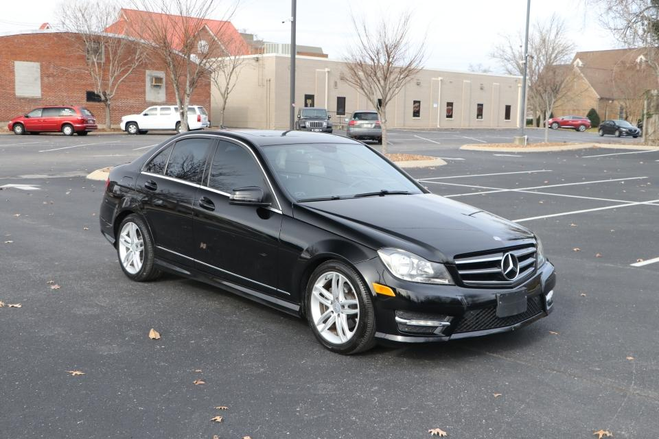 Used 2014 Mercedes-Benz C250 RWD W/NAV RWD for sale Sold at Auto Collection in Murfreesboro TN 37130 1