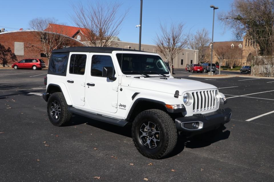 Used 2018 Jeep WRANGLER UNLIMITED SAHARA 4WD W/NAV UNLIMITED SAHARA for sale $41,950 at Auto Collection in Murfreesboro TN 37130 1