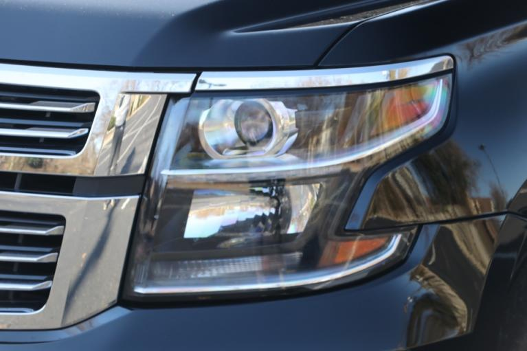 Used 2018 Chevrolet SUBURBAN 1500 PREMIER 4WD W/NAV TV/DVD PREMIER 4WD for sale Sold at Auto Collection in Murfreesboro TN 37130 8