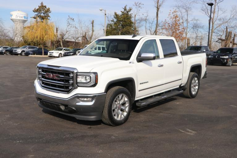 Used 2018 GMC SIERRA 1500 SLT Crew Cab 4x4 w/NAV SLT CREW CAB SHORT BOX 4WD for sale Sold at Auto Collection in Murfreesboro TN 37130 2