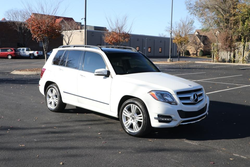 Used 2015 Mercedes-Benz GLK350 4MATIC AWD W/REARVIEW CAMERA NAV GLK350 4MATIC for sale Sold at Auto Collection in Murfreesboro TN 37130 1
