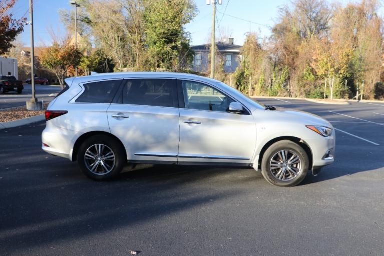 Used 2017 Infiniti QX60 AWD W/NAV BASE AWD for sale $27,450 at Auto Collection in Murfreesboro TN 37130 8