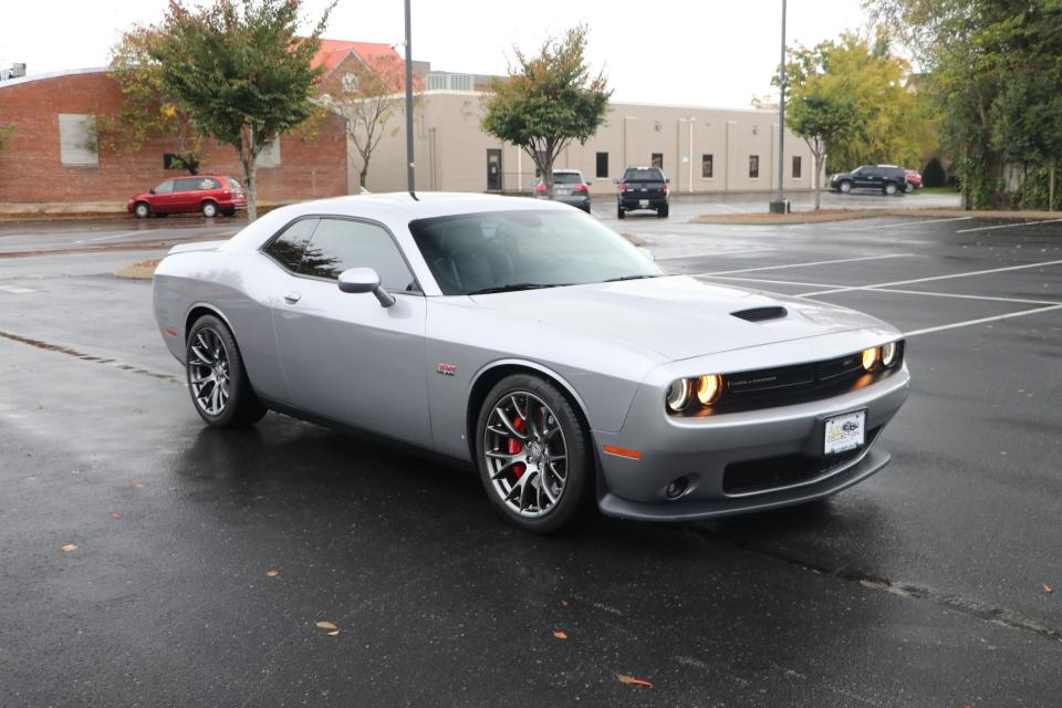 Used 2016 Dodge CHALLENGER SRT 392 W/NAV SRT 392 for sale $39,950 at Auto Collection in Murfreesboro TN 37130 1