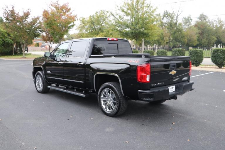 Used 2018 Chevrolet SILVERADO 1500 HIGH COUNTRY CREW CAB W/NAV HIGH COUNTRY CREW CAB SHORT BOX 4WD for sale Sold at Auto Collection in Murfreesboro TN 37130 4