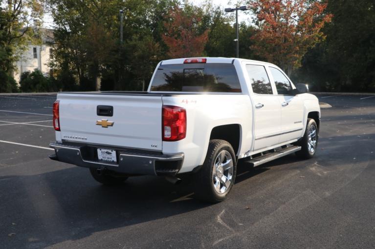 Used 2017 CHEVROLET SILVERADO 1500 LTZ W/1LZ CREW CAB 4X4 W/NAV LTZ w/1LZ for sale Sold at Auto Collection in Murfreesboro TN 37130 3