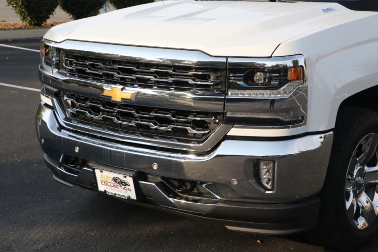 Used 2017 CHEVROLET SILVERADO 1500 LTZ W/1LZ CREW CAB 4X4 W/NAV LTZ w/1LZ for sale Sold at Auto Collection in Murfreesboro TN 37130 7