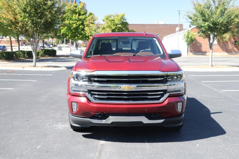 Used 2017 Chevrolet SILVERADO 1500 HIGH COUNTRY CREW CAB 4x4 W/NAV for sale Sold at Auto Collection in Murfreesboro TN 37130 5