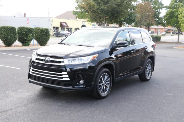 Used 2019 Toyota HIGHLANDER XLE AWD W/NAV XLE AWD V6 for sale $31,750 at Auto Collection in Murfreesboro TN 37130 2