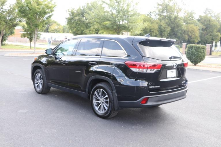Used 2019 Toyota HIGHLANDER XLE AWD W/NAV for sale Sold at Auto Collection in Murfreesboro TN 37130 4
