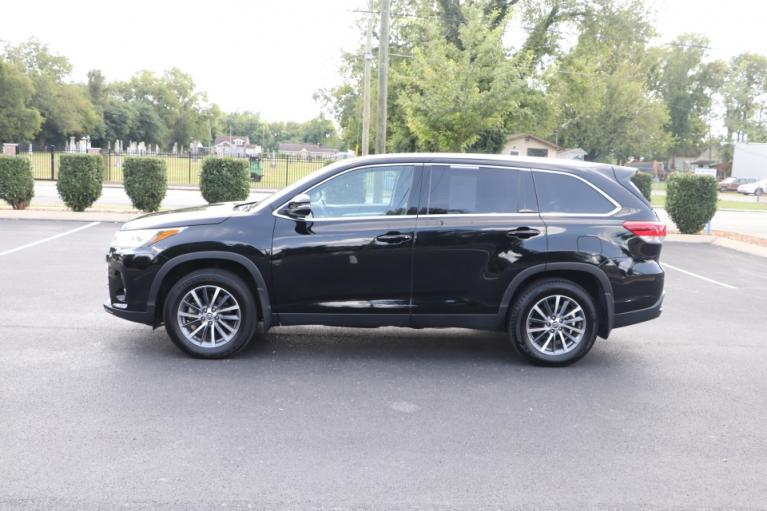 Used 2019 Toyota HIGHLANDER XLE AWD W/NAV for sale Sold at Auto Collection in Murfreesboro TN 37130 7