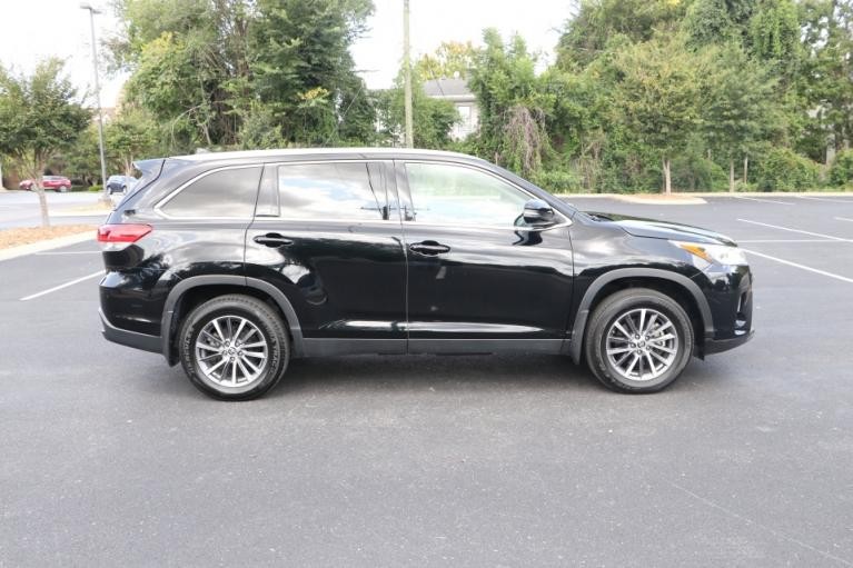Used 2019 Toyota HIGHLANDER XLE AWD W/NAV XLE AWD V6 for sale $31,750 at Auto Collection in Murfreesboro TN 37130 8