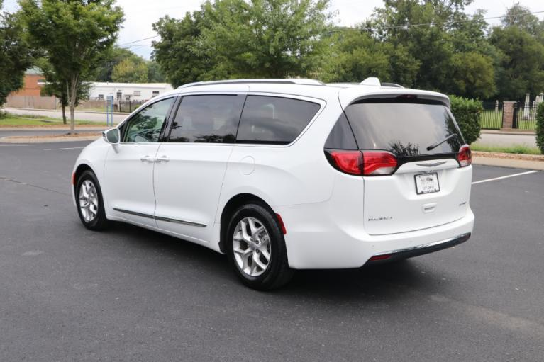 Used 2020 Chrysler PACIFICA Limited w/NAV LIMITED for sale $32,950 at Auto Collection in Murfreesboro TN 37130 4