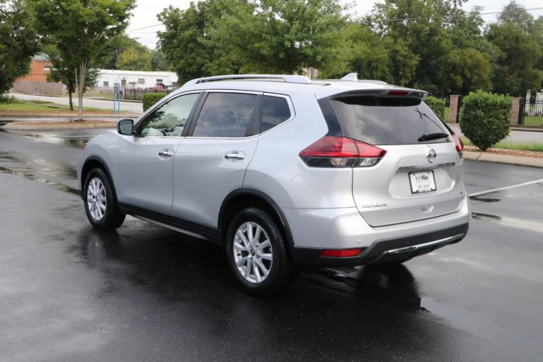 Used 2020 Nissan ROGUE SV FWD SV 2WD for sale Sold at Auto Collection in Murfreesboro TN 37130 4