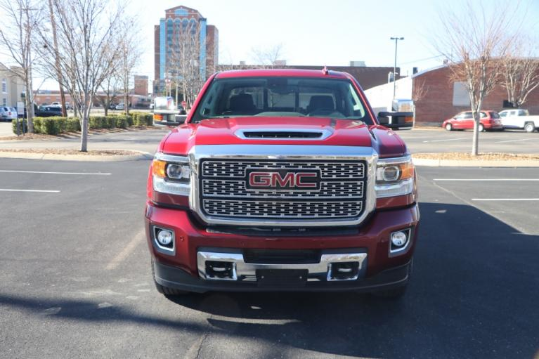 Used 2019 GMC SIERRA 2500HD DENALI DURAMAX 4WD W/NAV DENALI CREW CAB 4WD for sale Sold at Auto Collection in Murfreesboro TN 37130 5