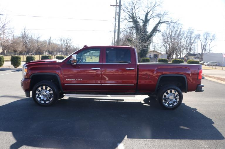 Used 2019 GMC SIERRA 2500HD DENALI DURAMAX 4WD W/NAV DENALI CREW CAB 4WD for sale Sold at Auto Collection in Murfreesboro TN 37130 7