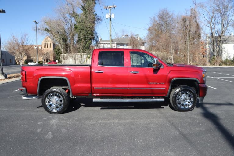 Used 2019 GMC SIERRA 2500HD DENALI DURAMAX 4WD W/NAV DENALI CREW CAB 4WD for sale Sold at Auto Collection in Murfreesboro TN 37130 8