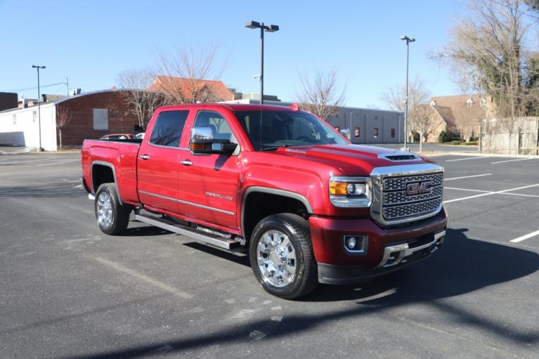 Used 2019 GMC SIERRA 2500HD DENALI DURAMAX 4WD W/NAV DENALI CREW CAB 4WD for sale Sold at Auto Collection in Murfreesboro TN 37130 1