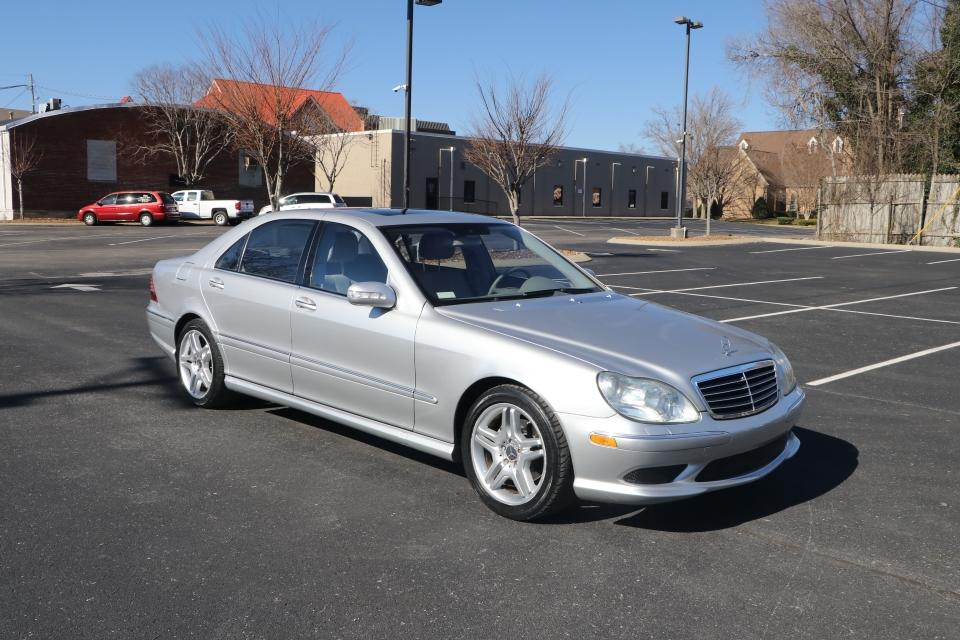 Used 2006 Mercedes-Benz S430 RWD W/NAV for sale Sold at Auto Collection in Murfreesboro TN 37130 1