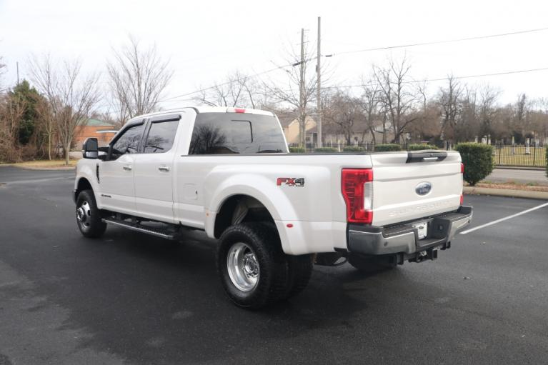 Used 2017 Ford F350 LARIAT SD 176'' CREW CAB 4X4 W/NAV LARIAT CREW CAB LONG BED DRW 4WD for sale Sold at Auto Collection in Murfreesboro TN 37130 4