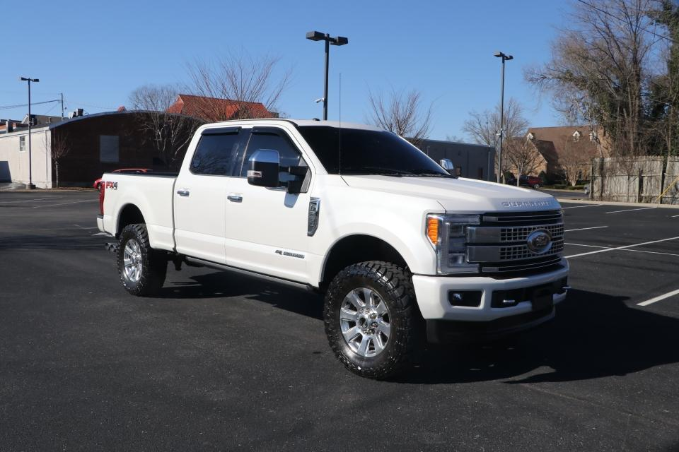 Used 2017 Ford F-250 SD PLATINUM ULTIMATE 4X4 DIESEL CREW CAB W/N PLATINUMCREW CAB 4WD for sale Sold at Auto Collection in Murfreesboro TN 37130 1