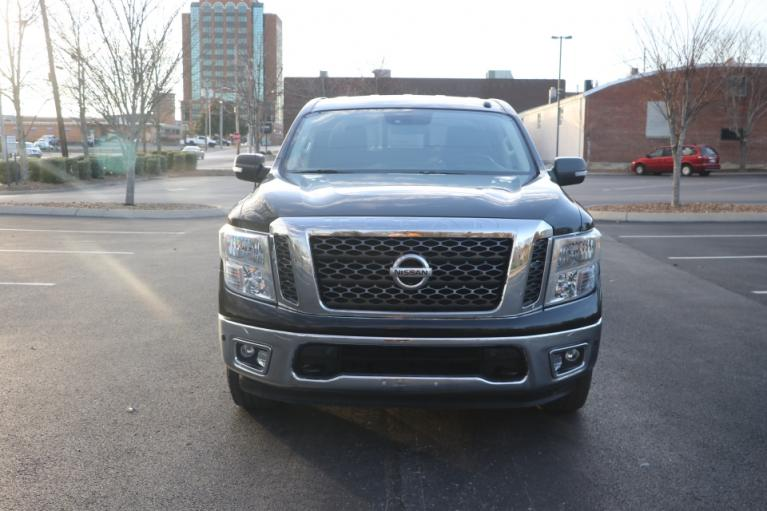 Used 2017 Nissan TITAN 4WD CREW CAB W/NAV SV CREW CAB 4WD for sale Sold at Auto Collection in Murfreesboro TN 37130 5