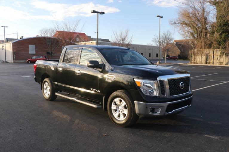 Used Used 2017 Nissan TITAN 4WD CREW CAB W/NAV SV CREW CAB 4WD for sale $29,950 at Auto Collection in Murfreesboro TN