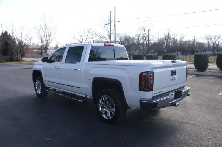 Used 2018 GMC SIERRA 1500 SLT 4WD CREW CAB W/NAV SLT CREW CAB SHORT BOX 4WD for sale Sold at Auto Collection in Murfreesboro TN 37130 4