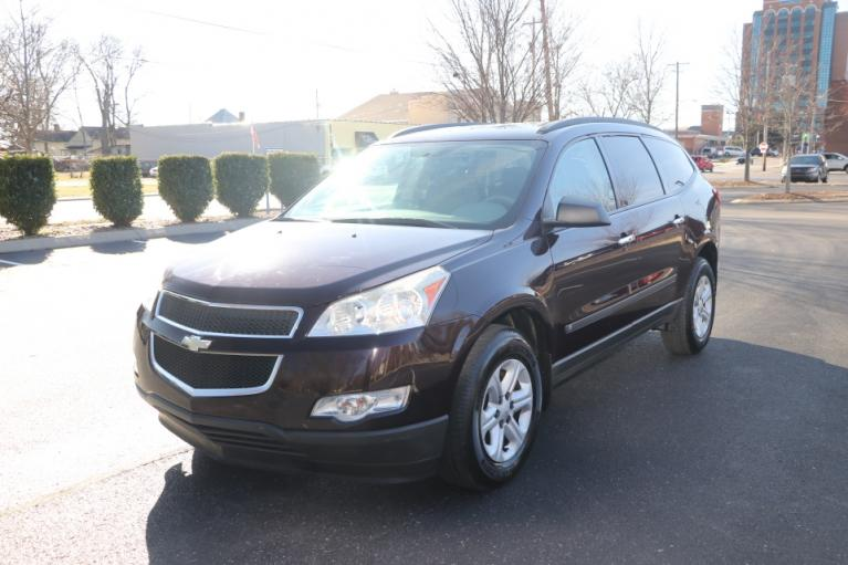 Used 2009 CHEVROLET TRAVERSE LS FWD for sale Sold at Auto Collection in Murfreesboro TN 37130 2