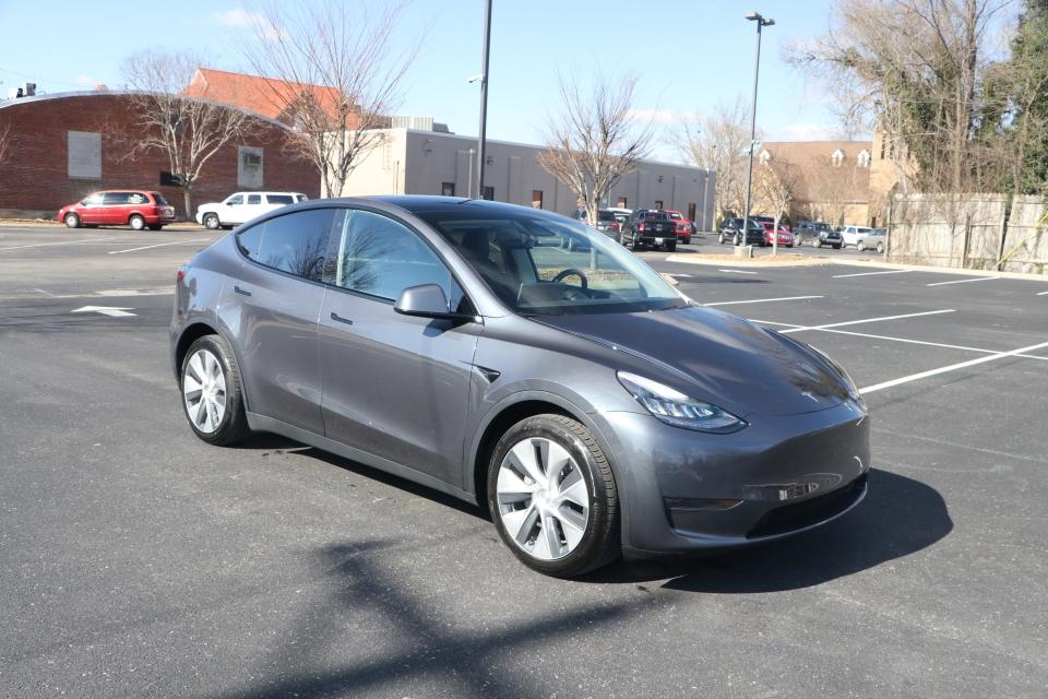 Used 2020 Tesla MODEL Y Long Range AWD Electric Longrange AWD Electr for sale Sold at Auto Collection in Murfreesboro TN 37130 1