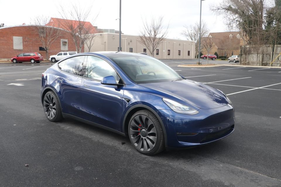 Used 2020 Tesla MODEL Y PERFORMANCE AWD W/DUAL MOTOR PERFROMANCE AWD for sale Sold at Auto Collection in Murfreesboro TN 37130 1