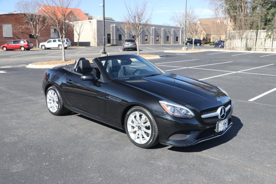 Used 2018 Mercedes-Benz SLC 300 ROADSTER RWD W/NAV for sale Sold at Auto Collection in Murfreesboro TN 37130 1
