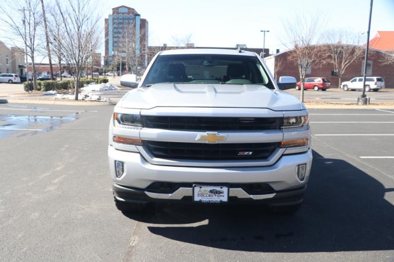 Used 2018 Chevrolet SILVERADO 1500 2LT Crew cab 4x4 2LT CREW CAB 4WD for sale $39,950 at Auto Collection in Murfreesboro TN 37130 5