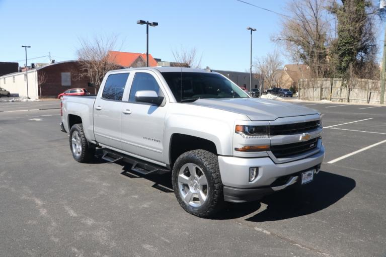 Used Used 2018 Chevrolet SILVERADO 1500 2LT Crew cab 4x4 2LT CREW CAB 4WD for sale $39,950 at Auto Collection in Murfreesboro TN
