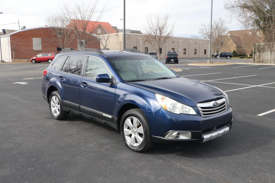 Used 2011 Subaru OUTBACK 2.5I LIMITED H4 AWD W/NAV 2.5I LIMITED for sale Sold at Auto Collection in Murfreesboro TN 37130 1