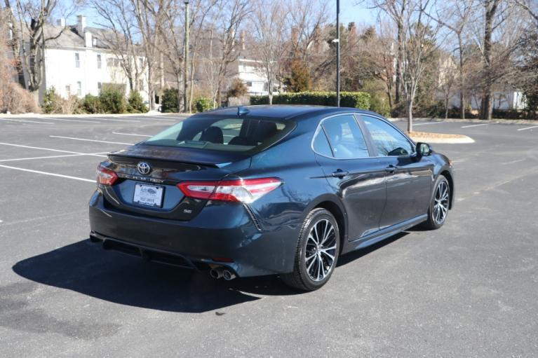 Used 2020 Toyota CAMRY SE FWD SE for sale Sold at Auto Collection in Murfreesboro TN 37130 3