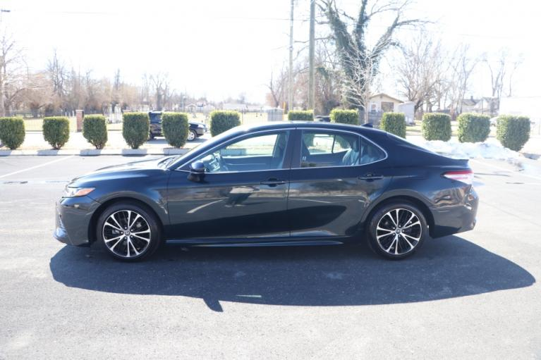 Used 2020 Toyota CAMRY SE FWD SE for sale $19,950 at Auto Collection in Murfreesboro TN 37130 7