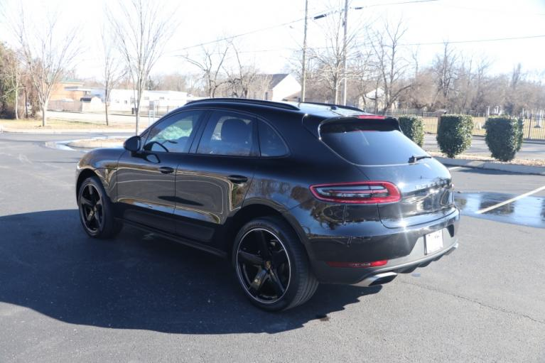Used 2018 Porsche MACAN AWD W/NAV for sale Sold at Auto Collection in Murfreesboro TN 37130 4