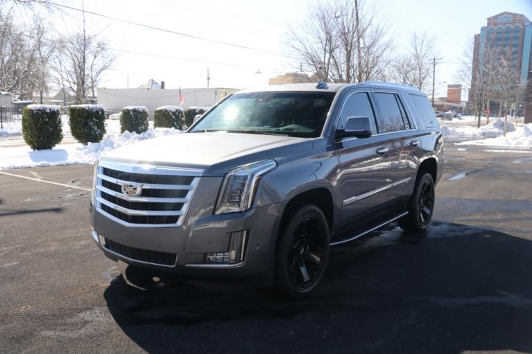 Used 2018 Cadillac ESCALADE LUXURY 2WD W/NAV TV/DVD for sale Sold at Auto Collection in Murfreesboro TN 37130 2