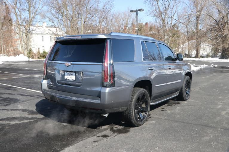 Used 2018 Cadillac ESCALADE LUXURY 2WD W/NAV TV/DVD for sale Sold at Auto Collection in Murfreesboro TN 37130 3